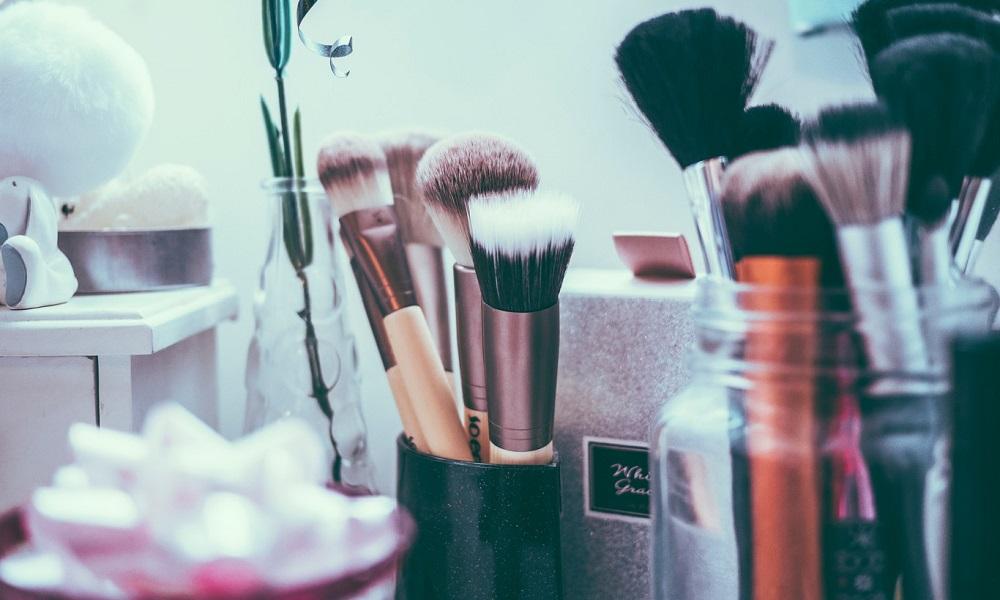 limpiar-brochas-maquillaje