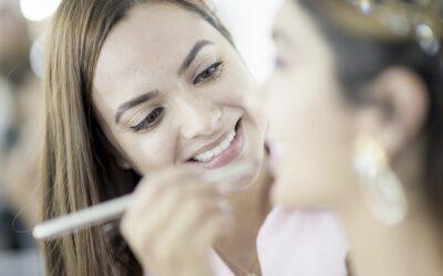 Trabajo de maquillador profesional