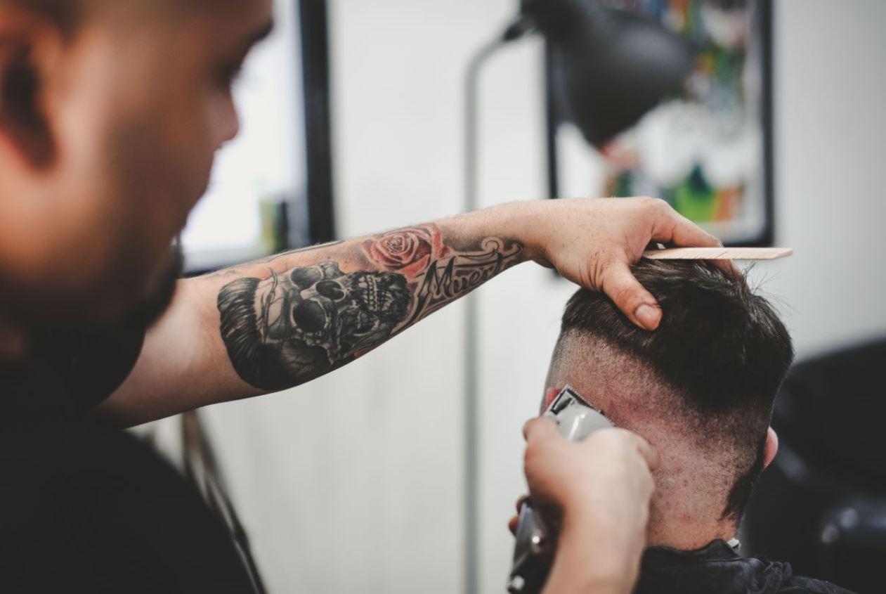 Las tendencias en peinados masculinos que se llevan