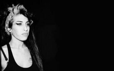 10 años sin Amy Winehouse: el look de una estrella inolvidable
